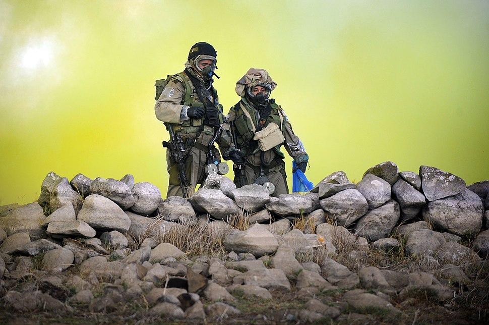 "Flickr - Israel Defense Forces - ""Yanshuf"" Battalion Soldiers at ABC Warfare Exercise, Nov 2010"