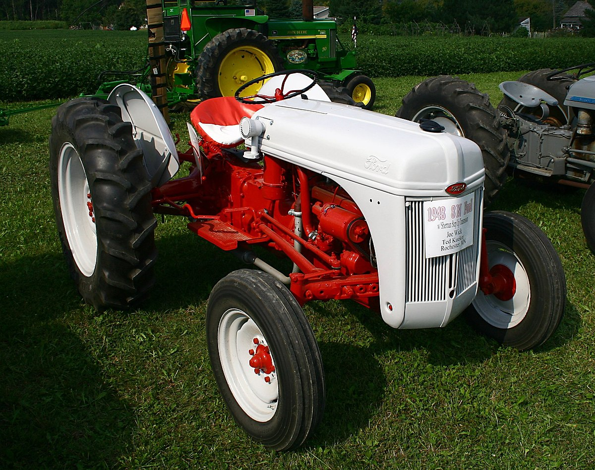 Ford N-series tractor - Wikipedia