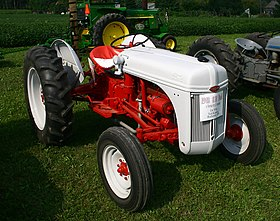 Yph3788 further Watch together with Farmall Engine Diagrams besides Ford n Series tractor furthermore 331534966048. on 8n ford tractor