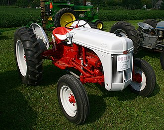 Ford N-series tractor - Restored 1948 Ford 8N