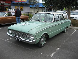 Ford Falcon (XK) - Ford Falcon Deluxe sedan
