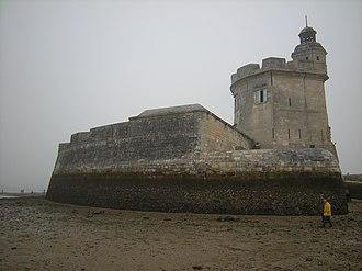 Fort Louvois - Fort Louvois at low-tide.