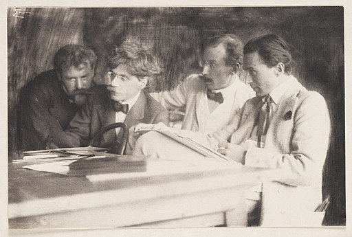 Frank Eugene, Alfred Stieglitz, Heinrich Kuhn and Edward Steichen admiring the work of Eugene, 1907 (8386801204)