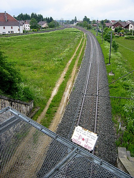 SNCF railway lines in Frasne (F), left from Lausanne , right from Bern - Pontarlier