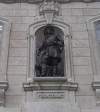 Louis de Buade de Frontenac - Statue of Frontenac at the National Assembly of Quebec (Assemblée nationale du Québec)