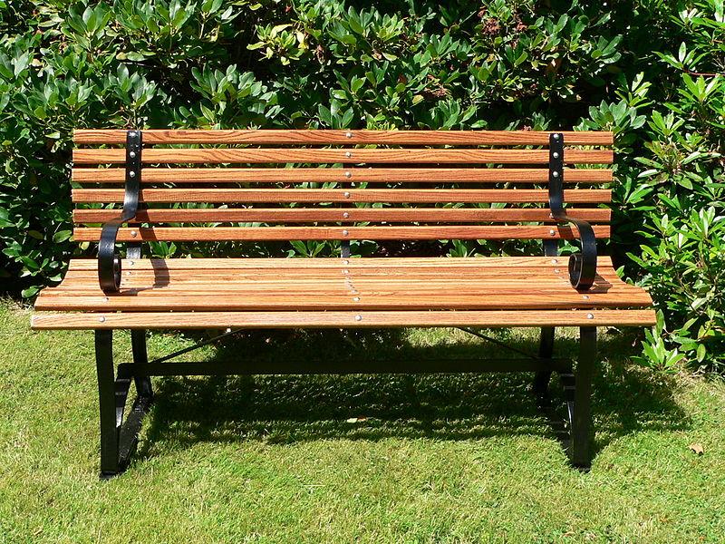 drewniane meble ogrodowe - ławka