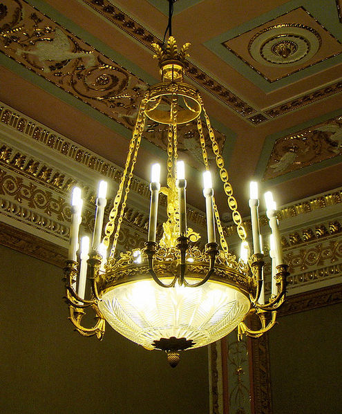 File:Gatchina palace. Chandelier.jpg