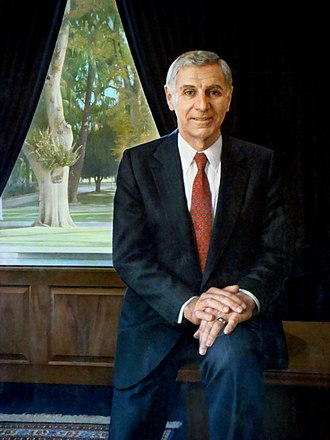 George Deukmejian - Image: George Deukmejian Official Portrait crop