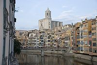 Girona.onyar.catedral2.jpg
