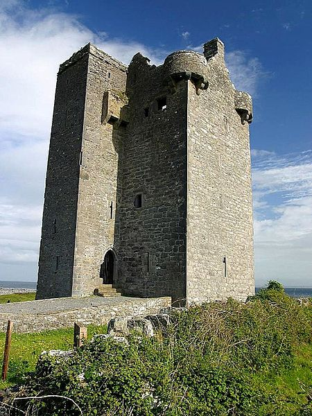 File:Gleninagh castle on hill.jpg