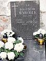 Grave of Bogusław Wyrobek at Powązki Cemetery - 01.jpg