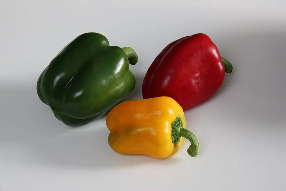 Green-Yellow-Red-Pepper-2009