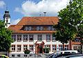 Grundschule Grafenhausen mit Turm von St. Fides.jpg