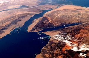 Gulf of Suez - Visible bodies are the Gulf of Suez (west, left in photo), the Gulf of Aqaba (east, right in photo), and the Red Sea (south, bottom left in photo). Photo dated February 2009.