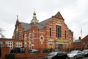 Clarendon Park, Leicester - The Guru Amar Das Gurdwara on Clarendon Park Road: one of the most prominent buildings in the area