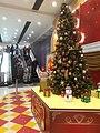 HK SSP 長沙灣道 833 Cheung Sha Wan Road 長沙灣廣場 Cheung Sha Wan Plaza mall Xmas tree n escalators December 2019 SS2.jpg