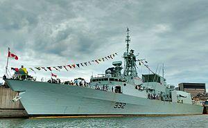 HMCS Ville de Québec (FFH 332) - Image: HMCS Ville de Quebec 10 Sep 2016
