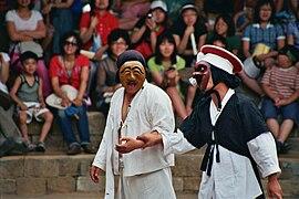 Hahoe-folk-village-mask-dance.jpg
