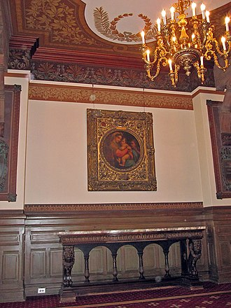 Healy Hall - Healy displays several Baroque paintings from the university art collection
