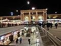 Hauptbahnhof bei Nacht Feb. 2016 - panoramio.jpg