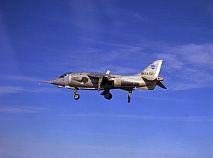 Hawker Siddeley P.1127 in flight at NASA Langley 1968.jpeg