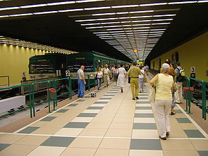 BHÉV - HÉV terminus under Batthyány Square