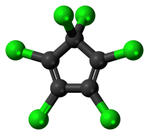 Hexachlorocyclopentadiene - Image: Hexachlorocyclopenta diene molecule ball