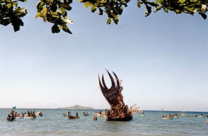 Lakatoi - Modern day lakatoi at the Hiri Moale Festival, a modern celebration of the previous Hiri trade cycle.