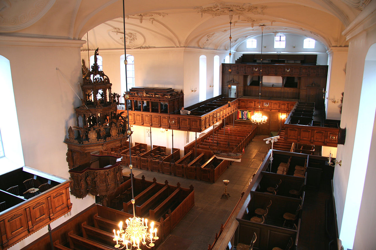 File:Holmens Kirke Copenhagen interior from above.jpg - Wikimedia Commons