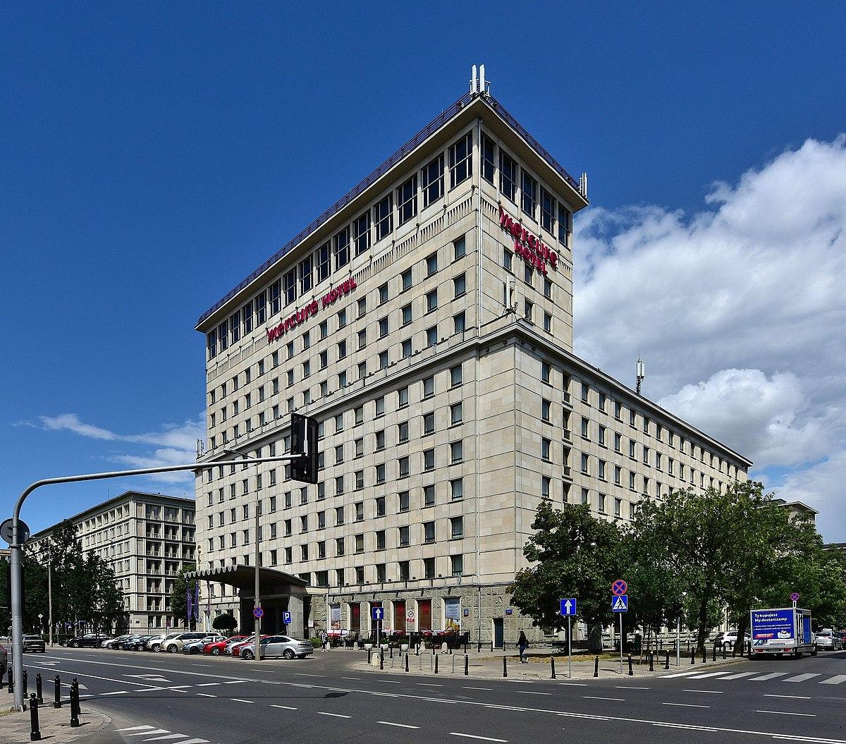 Mercure Grand Hotel w Warszawie – Wikipedia, wolna
