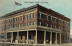 Hotel Rudolf (North Dakota).jpg