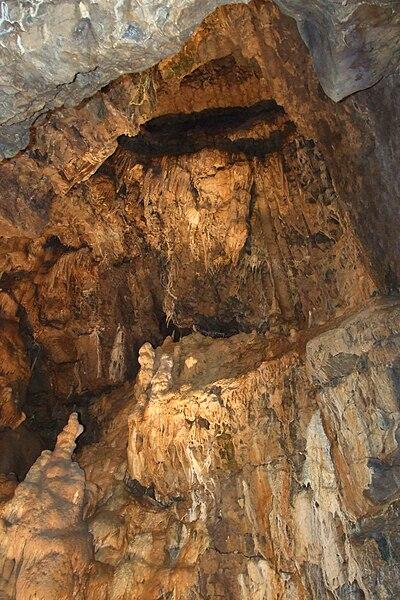 Hotton-Caves-2.JPG