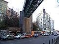 Husitská, most Vítkovské trati, jihozápadní pilíř.jpg