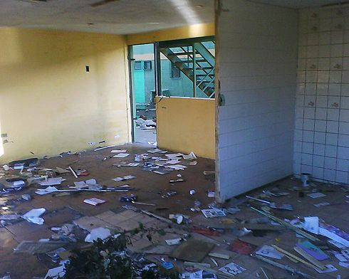 Inside a Paniahue department after the Chile earthquakes. Image: Diego Grez.