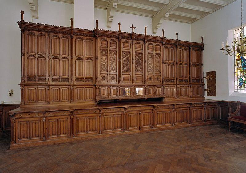 File interieur kast in de sacristie vervaardigd door de for Auto interieur reinigen den haag