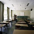 Interieur, overzicht van een klaslokaal - 's-Gravenhage - 20387488 - RCE.jpg