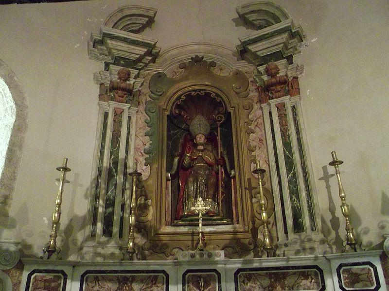 File:Interno della Cattedrale di Acerenza.JPG