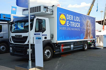 Electric truck e-Force One Iveco Stralis AD 190 E-truck. Lidl. Spielvogel.jpg