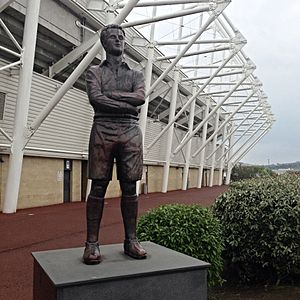Ivor Allchurch - Statue of Allchurch outside the Liberty Stadium, Swansea.