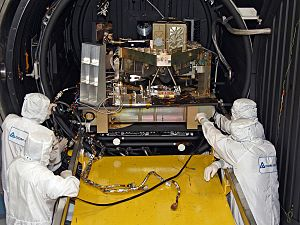 Fine Guidance Sensor and Near Infrared Imager and Slitless Spectrograph - FGS Test unit undergoes cryogenic testing, 2012