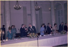 Jimmy Carter and Edward Gierek, First Secretary of Poland, toast during a State Dinner in Warsaw, Poland. - NARA - 177325.tif