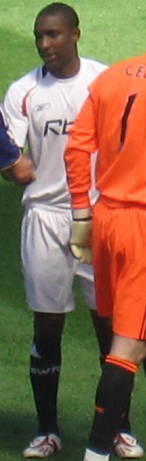 Jlloyd Samuel - Samuel playing for Bolton Wanderers