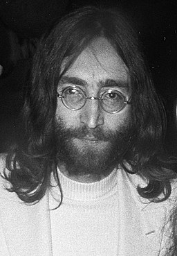 John Lennon 1969 (cropped)