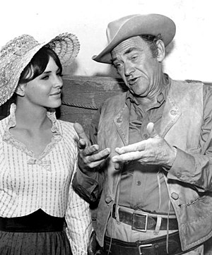 John McIntire - With daughter Holly McIntire on Wagon Train (1963)