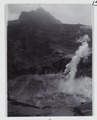 KITLV - 15681 - Kurkdjian, Ohannes - Crater lake of the Gunung Kelud volcano after the eruption in East Java - 1901.tif