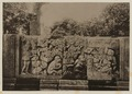 KITLV 40032 - Kassian Céphas - Reliefs on the terrace of the Shiva temple of Prambanan near Yogyakarta - 1889-1890.tif