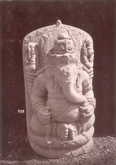 KITLV 87768 - Isidore van Kinsbergen - Sculpture of Ganesha comes from Kediri, moved to the Museum of the Batavian Society of Arts and Sciences in Batavia - Before 1900.tif