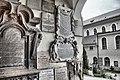 Kreuzkapelle (Petersfriedhof Salzburg) Tafeln Graustufen.jpg