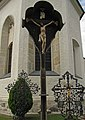 Kruzifix auf dem Kirchhof von Altenmarkt.jpg