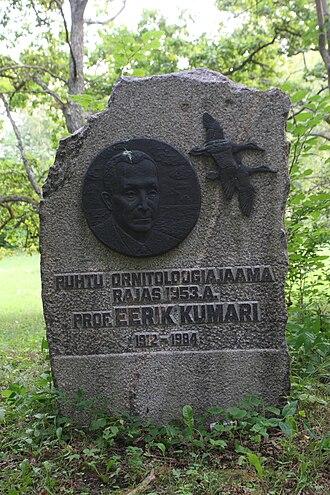Eerik Kumari - Eerik Kumari memorial stone in Puhtu biological station.